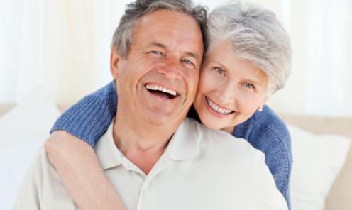 visita al especialista para solucionar el rechazo del implante dental